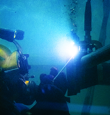 Underwater Welding: Weightless Welding Under Probably the Toughest Conditions