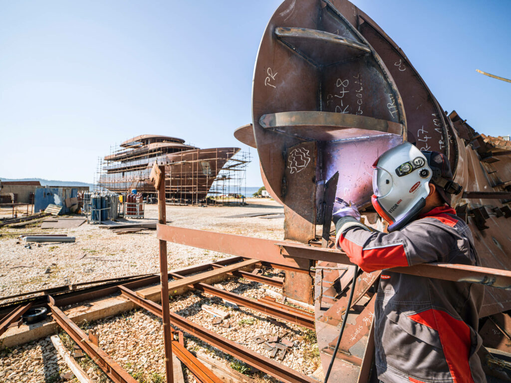 Welding and Its Various Challenges in Shipbuilding – A Customer Story